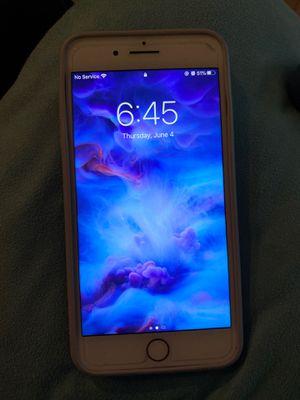 iPhone 7 Plus w case for Sale in Orlando, FL