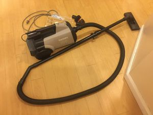 Electrolux Canister Vacuum with Hepa Filter for Sale for sale  New York, NY