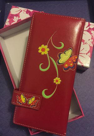 Red wallet with butterflies for Sale in Salinas, CA