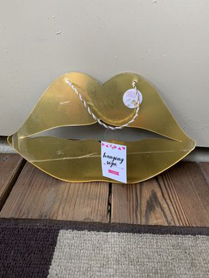 Gold mirror hanging sign ( NEW ) for Sale in Tigard, OR