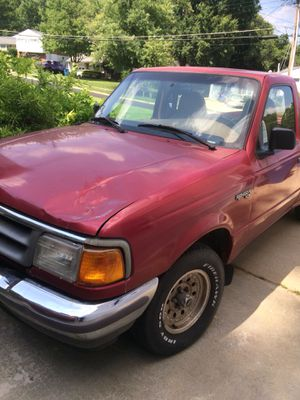 FORD RANGER 1996. 4cilindro 88 mil millas for Sale in Alexandria, VA