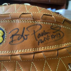Autographed Glove for Sale in Shorewood, IL