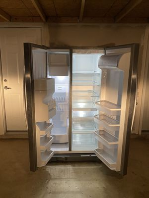 Refrigerator / Freezer 2 Doors for Sale in Ashburn, VA