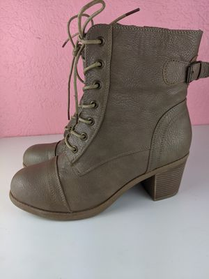Women's heeled boot size 10 for Sale in Hacienda Heights, CA