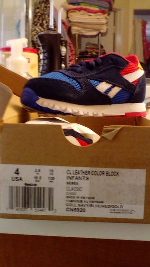 Reebok classic for Sale in Victorville, CA