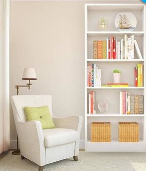 White 5 shelf bookcase from target for Sale in Chanhassen, MN