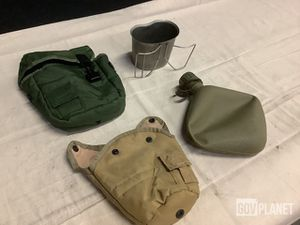 Military- knee and elbow pads, mittens for trigger finger, canteens and pouches, padded Helmet bags, self inflating Mats, US laundry bags for Sale in San Diego, CA