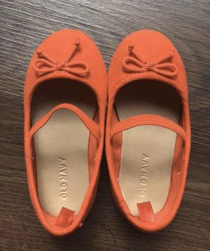 Baby/toddler/girls shoes Old Navy, 6us, like new, worn once for Sale in Englewood, CO