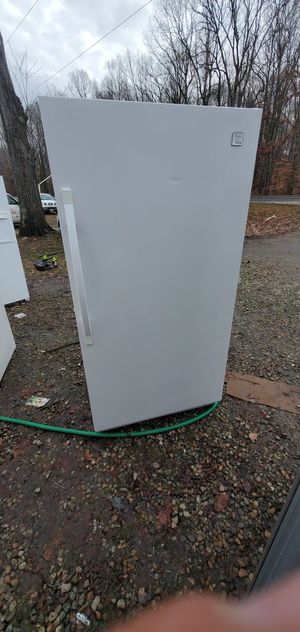 Freezer 19cube for Sale in Cumberland, VA