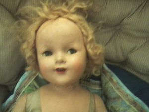 Antique baby doll for Sale in Woodruff, SC