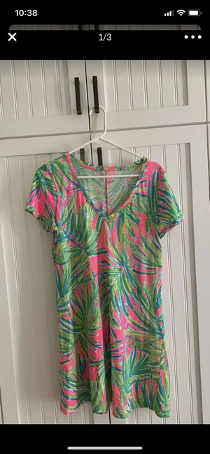 Lilly Pulitzer cotton dress Medium looks brand new for Sale in Rockville, MD