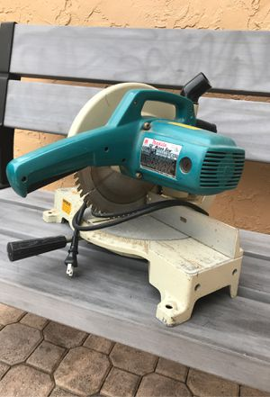 Makita 10 inch saw for Sale in Miramar, FL