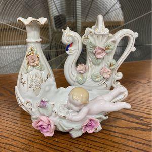 Vintage Flower vase for Sale in Granite Falls, WA