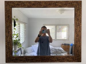 Mirror and frame for Sale in Honolulu, HI