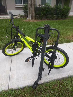 All terrain kids bike with 2 bike locks barely used size is 20. Including rack. for Sale in Miami, FL