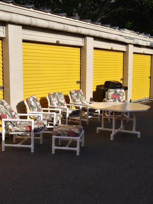 Leader's Casual PVC ~ Outdoor Set for Sale in Tampa, FL