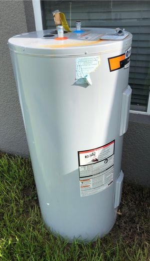 Water heater for Sale in Haines City, FL