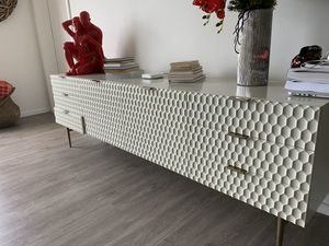 WEST ELM TV STAND for Sale in Miami, FL
