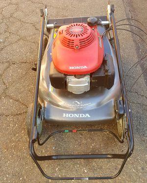 Honda 21'' Quadra Cut Self Propelled Lawn Mower Lawnmower HRR216SDA for Sale in Tukwila, WA