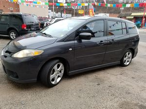 2006 MAZDA 5 MINI VAN DRIVES EXCELLENT SUPER CLEAN IN AND OUT $2700 OBO for Sale in Ansonia, CT