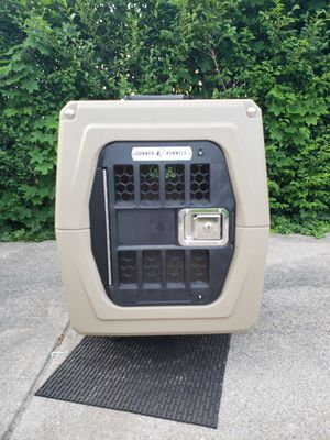 Gunner Kennel (small) for Sale in Brooklyn, OH