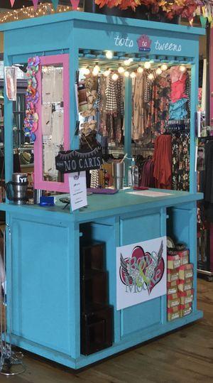 Counter for Sale in Henrietta, TX