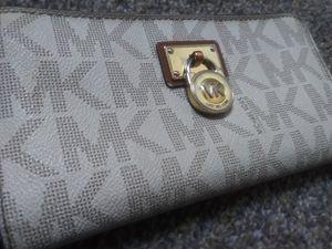 MK womans wallet designer for Sale in Las Vegas, NV