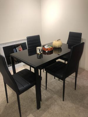 Black Dining Room Set WITH CHAIRS for Sale in Wheaton, IL