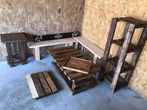 Outdoor/ indoor furniture wood set for Sale in Sheffield, OH