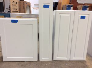 Kitchen cabinets leftovers/see pictures for price and measurements $123 for Sale in Grove City, OH
