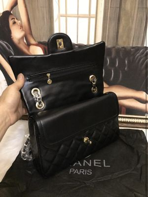 Chanel flap bag for Sale in Elk Grove, CA