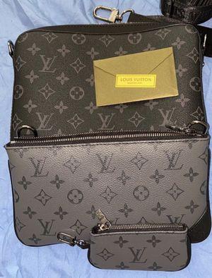 Lv bag trio messenger for Sale in Miami, FL