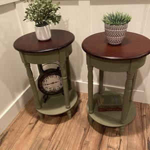 Super Cute End Tables/night Stands for Sale in Amity, OR