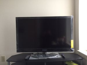 """Dynex 40"""" LED TV with Remote for Sale in Kirkland, WA"""