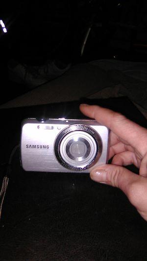 Samsung pl20 digital camera for Sale in Warr Acres, OK