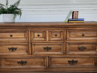 Beautiful Farmhouse Walnut 8 Drawer Dresser! for Sale in Santa Clarita,  CA
