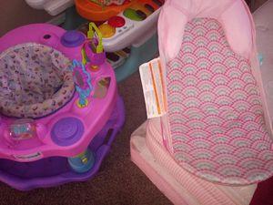 Baby girl jumper bath shower for Sale in Las Vegas, NV