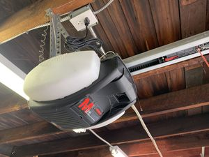 Marantec M4700 Garage Door Opener for Sale in Montebello, CA