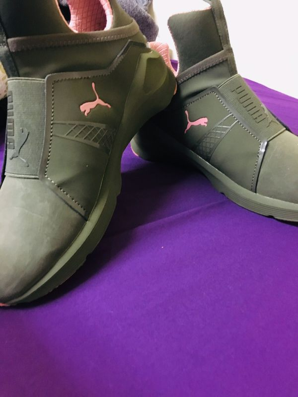 Puma green and pink naturals size 5.5