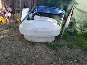210 gal water tanks for Sale in Oroville, CA