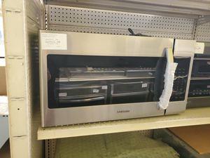 Samsung OTR Microwave for Sale in Norwalk, CA