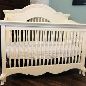 Crib for Sale in Duncanville, TX