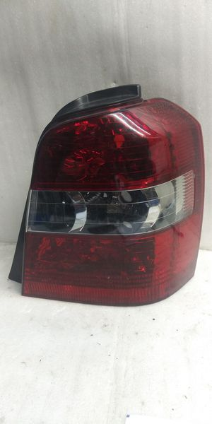 2004 2005 2006 2007 Toyota Higlander tail light for Sale in Lynwood, CA