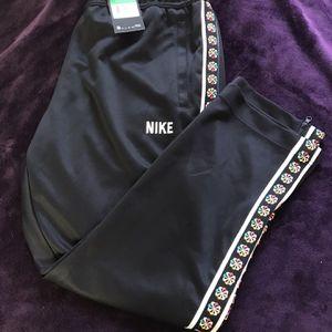 Nike Joggers for Sale in Miami, FL