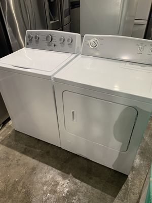 Kenmore washer and dryer gas works perfect clean clean for Sale in Salem, MA