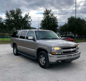 2004 Chevy Suburban LT for Sale in Royal Palm Beach, FL