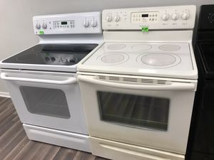 🔥🔥FRIGIDAIRE ELECTRIC STOVE WITH CONVECTION OVEN🔥🔥90 DAYS WARRANTY🔥🔥 for Sale in Gastonia, NC