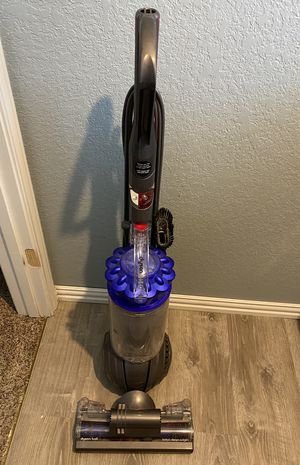 Dyson Ball Vacuum (Pre-owned) for Sale in San Antonio, TX
