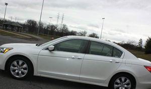 LowMile 08 Honda Accord Sedan PearlWhite for Sale in Jackson, MS