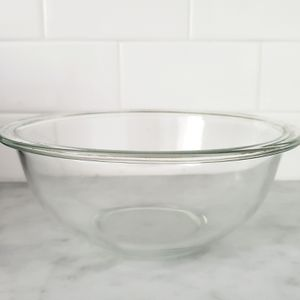 Glass Pyrex Bowl for Sale in Nether Providence Township, PA